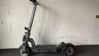 Ex-Demo Mercane MX 60 2400W 60V Duel Motor Electric Scooter (VSE-0005)