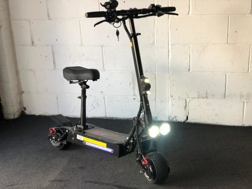 Refurbished Viper Duel 2000W 48V Lithium Electric Scooter 2020 Model