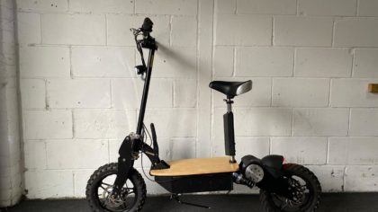 Refurbished Viper Blade 2000W 60V Electric Scooter – Black (VSR-0018)