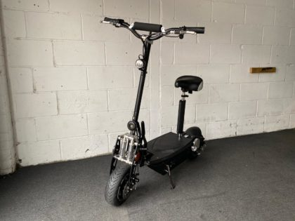 Refurbished UberScoot 1000W 48V Electric Scooter (VSR-0019)