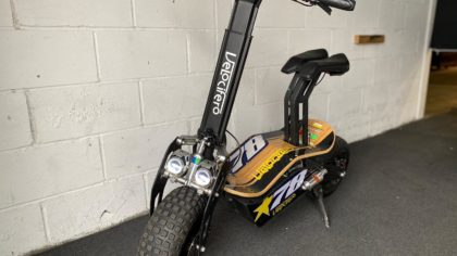 Refurbished Velocifero Mad 2000W 60V Lithium Electric Scooter (VSR-0020)
