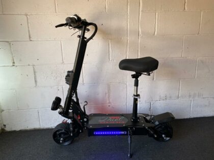 Ex-Demo Viper Duel 2000W 48V Lithium Electric Scooter – VSE-0011